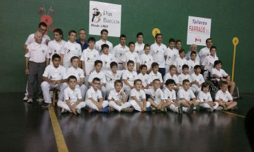 Pan Barcos sponsoring pelota team of Lodosa one more year